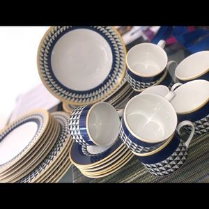 Indonesia dinnerware set